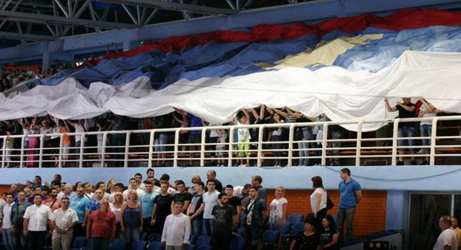 srbija-australija-nis-navijaci